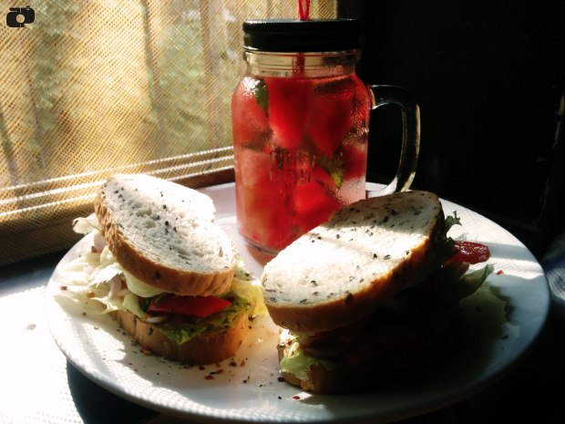 How to make Hummus Sandwich