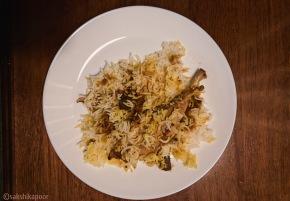 easy chicken biryani lucknow style, pressure cooker awadhi biryani